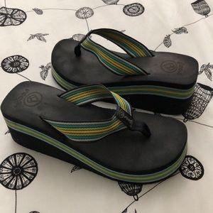 REEF WEDGE BEACH 🏖 SANDALS! Size 9.5